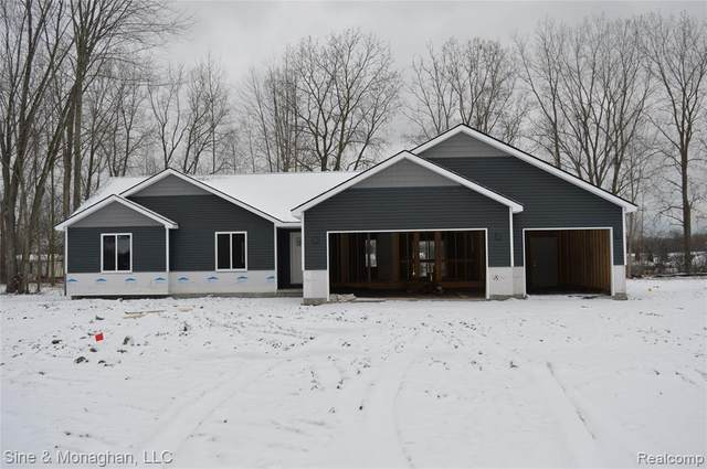 9420 Folkert Rd, Clay Twp, MI 48001 (#219123241) :: Alan Brown Group