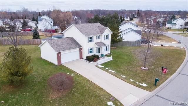 4411 Maplewood Meadows Avenue, Burton, MI 48439 (#2200010517) :: The Buckley Jolley Real Estate Team