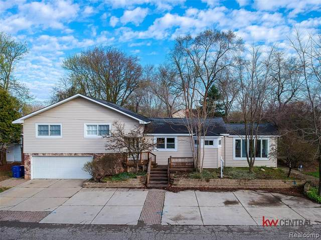 4068 Lawley Avenue, Waterford Twp, MI 48328 (#2210022927) :: Real Estate For A CAUSE