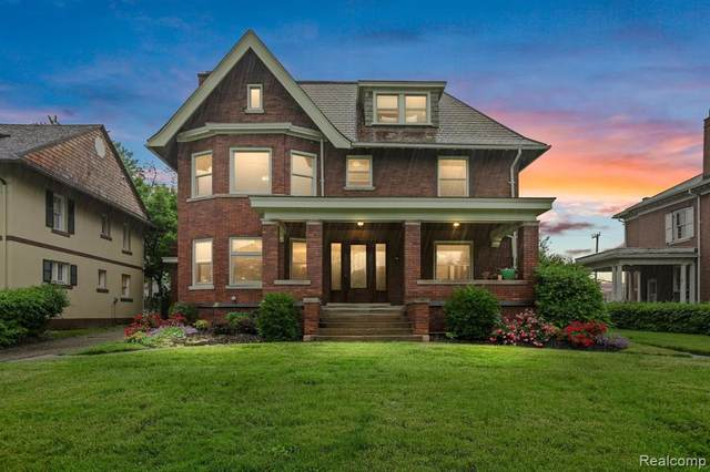 866 Virginia Park Street, Detroit, MI 48202 (#2210041063) :: Real Estate For A CAUSE