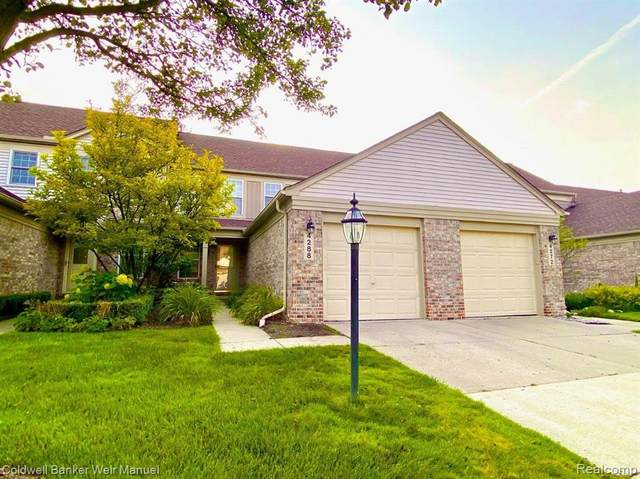 4288 Hunters Circle W, Canton Twp, MI 48188 (#2210069124) :: National Realty Centers, Inc