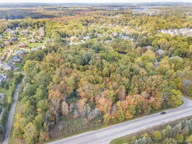 47449 Edinborough Lane, Novi, MI 48374 (#219006163) :: Duneske Real Estate Advisors