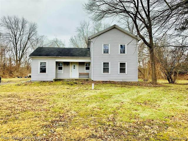 21160 32 MILE Road, Ray Twp, MI 48096 (#2200000904) :: The Mulvihill Group