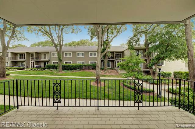 1113 N Old Woodward Ave Unit 29, Birmingham, MI 48009 (#2210035659) :: Robert E Smith Realty