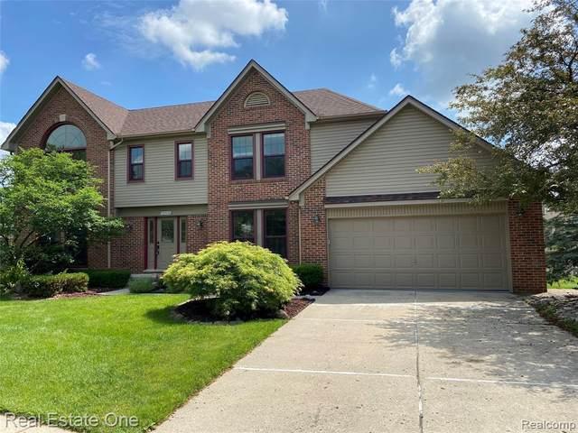 25570 Anthony Drive, Novi, MI 48375 (#2210043306) :: Duneske Real Estate Advisors