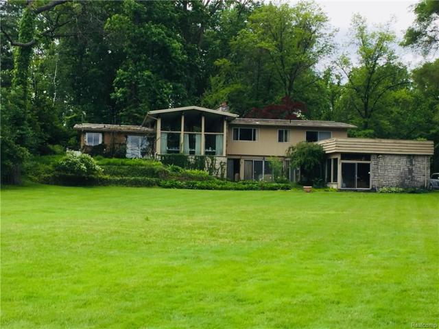 3909 Lakeland Lane, Bloomfield Twp, MI 48302 (#218021913) :: RE/MAX Classic