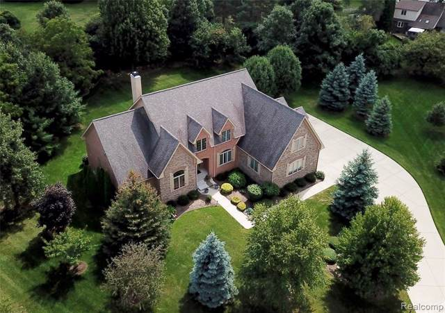 8449 Grovemont Court, Grand Blanc Twp, MI 48439 (#219017935) :: The Buckley Jolley Real Estate Team