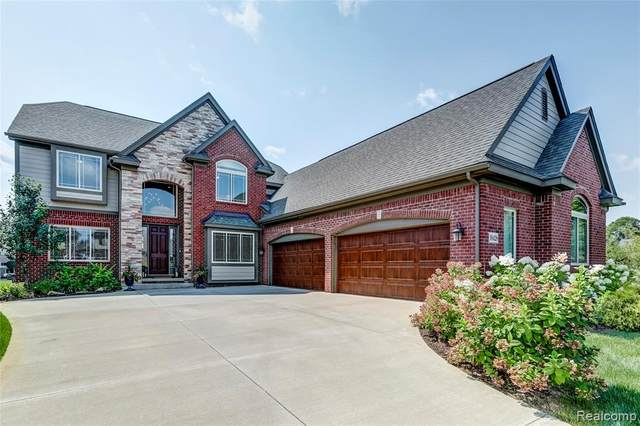 10428 Morning Light Court, Green Oak Twp, MI 48178 (#2210003405) :: Duneske Real Estate Advisors