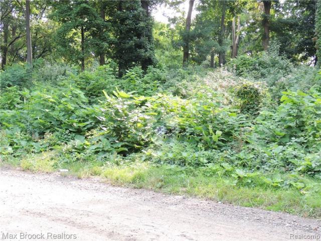 000 East Berkshire Drive, Bloomfield Twp, MI 48301 (#217078465) :: The Mulvihill Group