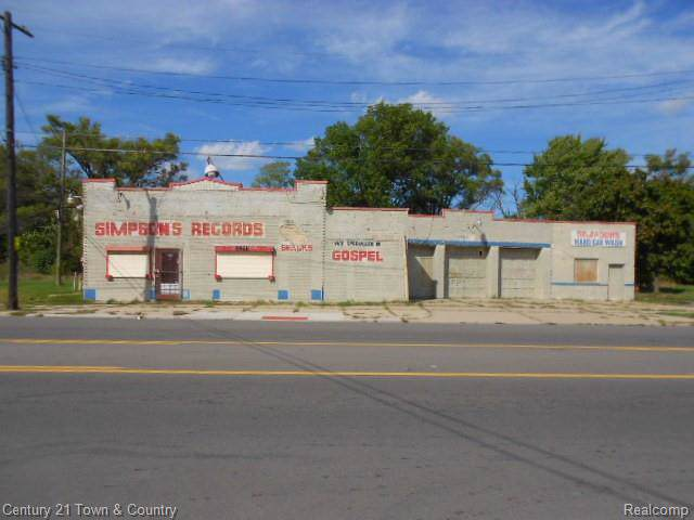 2975 E Mcnichols Road, Detroit, MI 48212 (#219094303) :: The Mulvihill Group