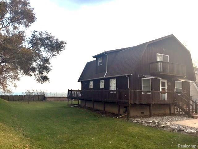 7396 Lakeshore Drive, Estral Beach Vlg, MI 48166 (#217102222) :: Duneske Real Estate Advisors