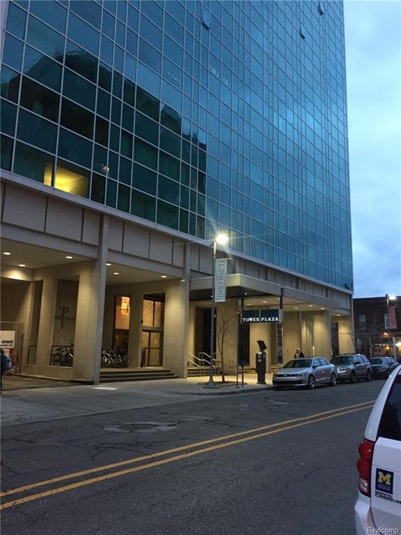 555 E William Street 4D, Ann Arbor, MI 48104 (MLS #217103452) :: The Toth Team