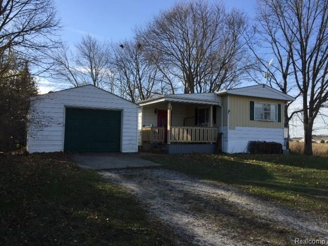 300 E Deckerville Road, Almer Twp, MI 48723 (#217104237) :: RE/MAX Classic