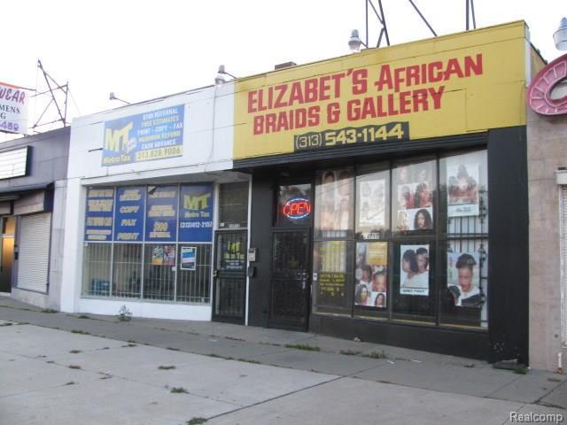 19717 W Seven Mile Rd, Detroit, MI 48219 (#217106068) :: RE/MAX Classic