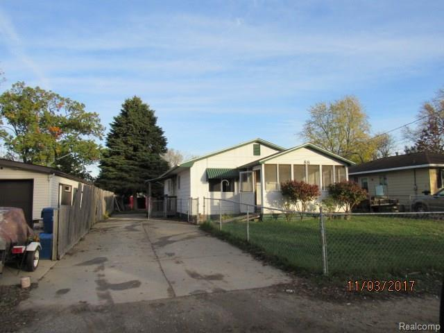 88 Shotwell Street, White Lake Twp, MI 48386 (#217108515) :: Metro Detroit Realty Team | eXp Realty LLC