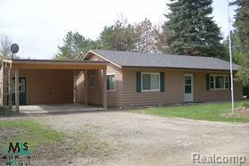 2625 S Lakeshore, Sanilac Twp, MI 48401 (#58031015044) :: Duneske Real Estate Advisors