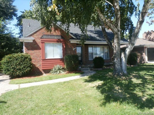 21541 Jean Avenue, Eastpointe, MI 48021 (#217082509) :: The Buckley Jolley Real Estate Team