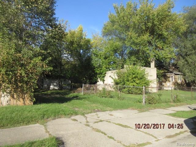 7163 Iowa, Detroit, MI 48212 (MLS #217095967) :: The Toth Team