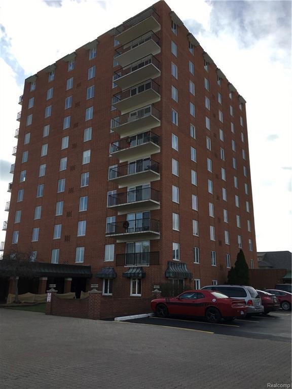 3301 Biddle Avenue, Wyandotte, MI 48192 (#217107365) :: RE/MAX Classic
