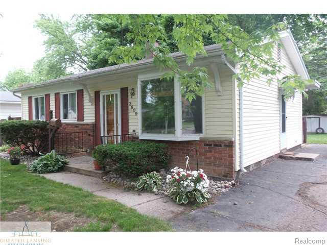 3609 Kendalwood Drive, Lansing, MI 48911 (MLS #630000082304) :: The Toth Team