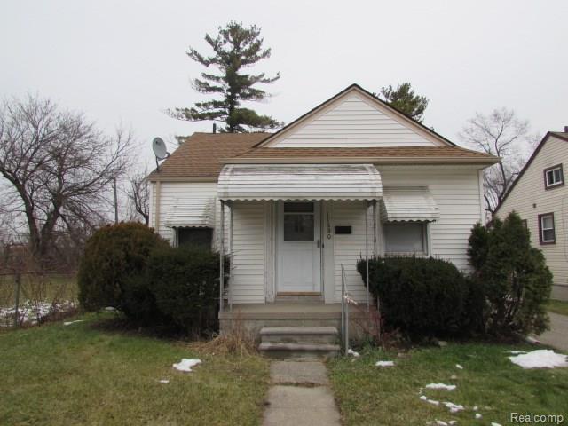 11680 Westwood Street, Detroit, MI 48228 (#217111187) :: The Mulvihill Group