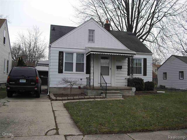 20492 Washtenaw Street, Harper Woods, MI 48225 (#218000648) :: Duneske Real Estate Advisors