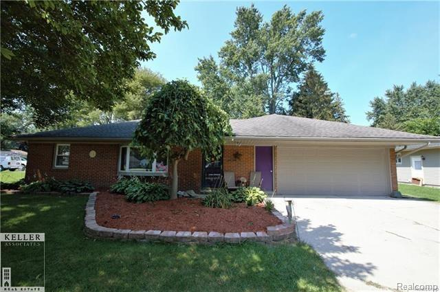 58077 Bryson, Washington Twp, MI 48094 (#58031338301) :: RE/MAX Nexus
