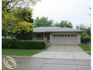 121 Biltmore Avenue, Dearborn Heights, MI 48127 (#218004252) :: RE/MAX Classic