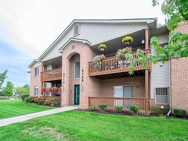 9729 Wildflower Court #40, Van Buren Twp, MI 48111 (#543253975) :: RE/MAX Classic