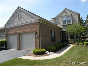 908 Upper Scotsborough Way #90, Bloomfield Twp, MI 48304 (#218010081) :: RE/MAX Classic