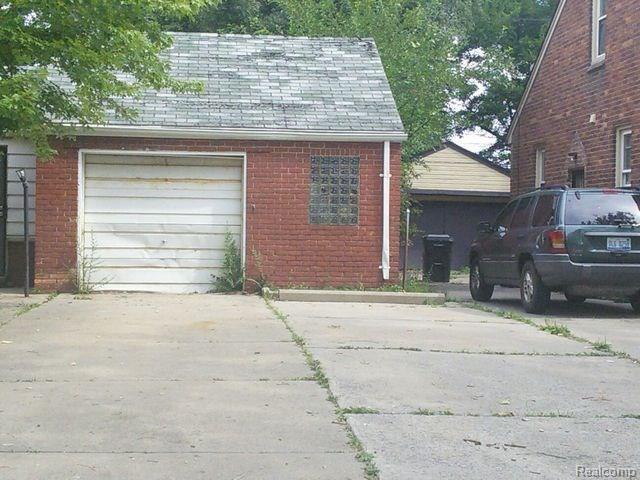 16669 Carlisle Street, Detroit, MI 48205 (#218010805) :: RE/MAX Classic