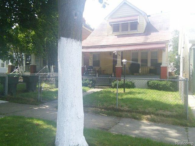 5045 Fairview Street, Detroit, MI 48213 (#218010809) :: RE/MAX Classic