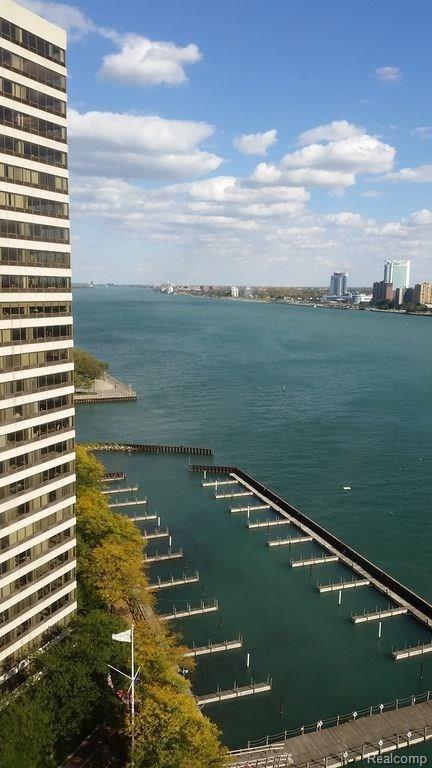 1001 W Jefferson Avenue 18J, Detroit, MI 48226 (#218012088) :: RE/MAX Classic