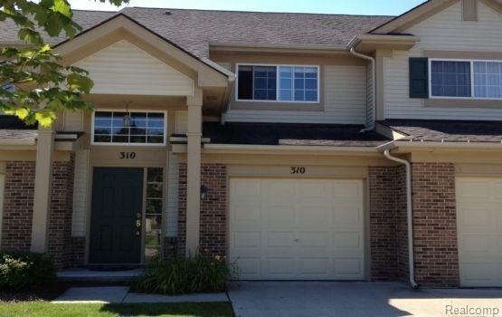 310 N Vista Drive #119, Auburn Hills, MI 48326 (#218012670) :: RE/MAX Classic