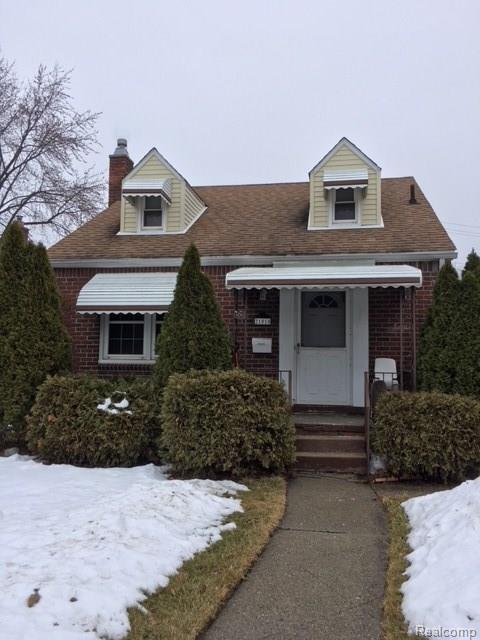 21010 Universal Avenue, Eastpointe, MI 48021 (#218012701) :: The Buckley Jolley Real Estate Team