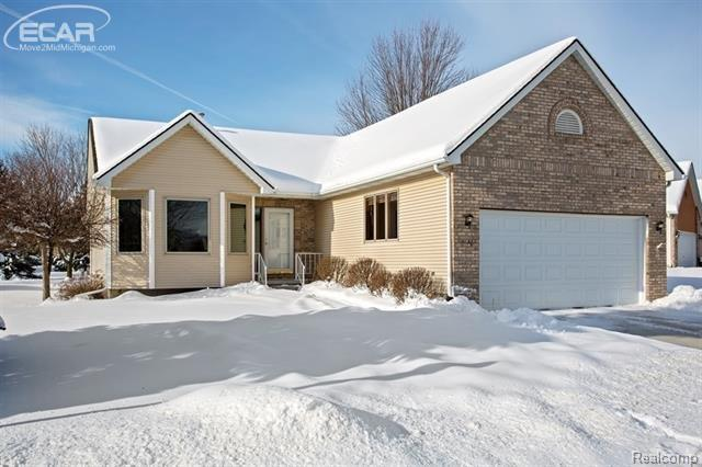 9356 Rayna Drive, Davison Twp, MI 48423 (#5030072232) :: The Buckley Jolley Real Estate Team
