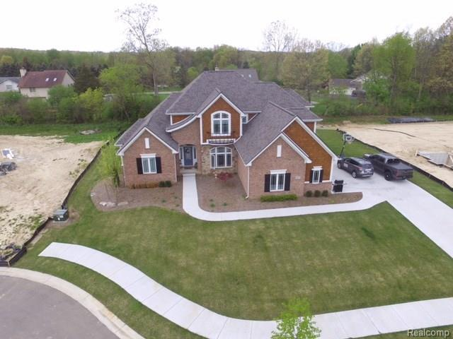 4083 Inverrary Court, Commerce Twp, MI 48382 (MLS #218013686) :: The Toth Team