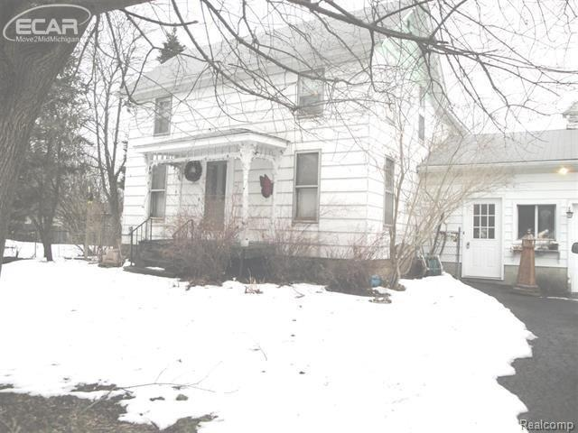 6027 E Pierson Road, Genesee Twp, MI 48506 (#5030072244) :: The Buckley Jolley Real Estate Team