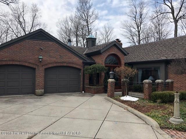3315 Moores River Drive, Lansing, MI 48911 (#630000223658) :: Duneske Real Estate Advisors