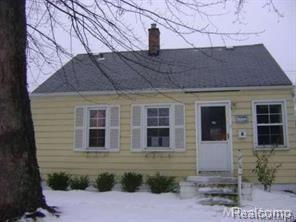 19468 Woodside Street, Harper Woods, MI 48225 (MLS #218016396) :: The Toth Team