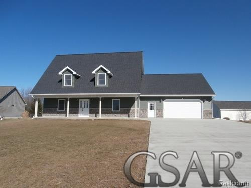 138 Cloverbrook Dr., Owosso Twp, MI 48867 (MLS #60031341177) :: The Toth Team