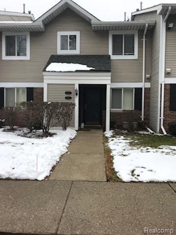 31548 Orchard Creek #39, Farmington Hills, MI 48334 (#218017281) :: Duneske Real Estate Advisors