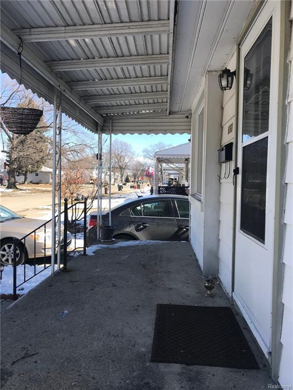 650 E Shevlin Avenue, Hazel Park, MI 48030 (#218017772) :: RE/MAX Nexus
