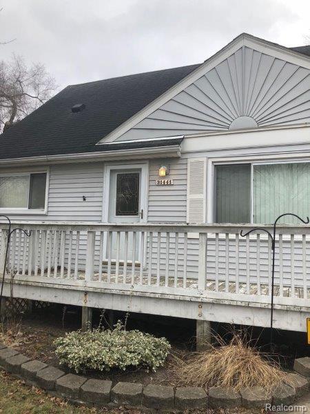 31441 Leona Street, Garden City, MI 48135 (#218018026) :: Duneske Real Estate Advisors