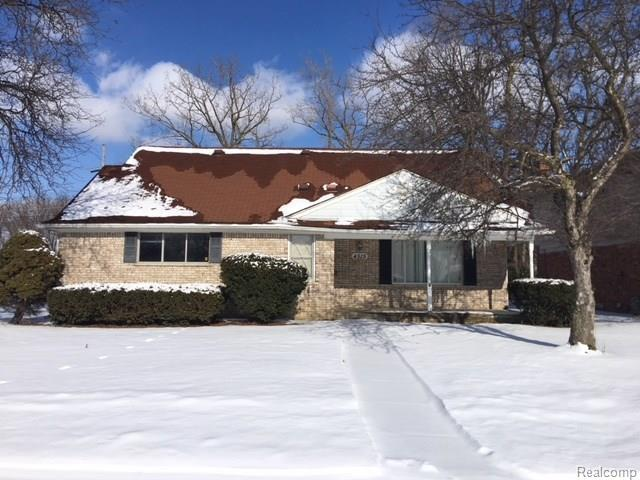 4515 Lockdale Drive, Sterling Heights, MI 48310 (MLS #218019267) :: The Toth Team