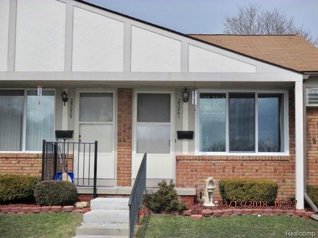 25261 Potomac #8, South Lyon, MI 48178 (#218020780) :: Duneske Real Estate Advisors