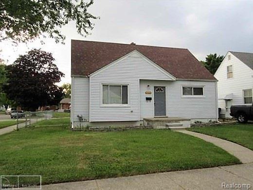 16617 Bettmar, Roseville, MI 48066 (#58031342339) :: Duneske Real Estate Advisors