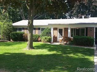 1341 Glenwood Drive, Troy, MI 48083 (#218021694) :: Simon Thomas Homes