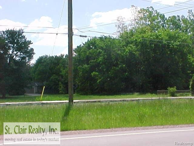 25814 Beck Rd, Novi, MI 48374 (#58031342566) :: Duneske Real Estate Advisors