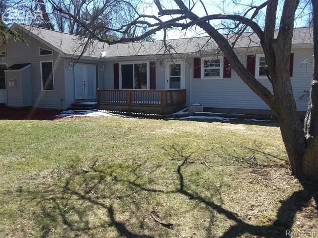 4037 Independence Drive, Genesee Twp, MI 48506 (#5030072592) :: The Buckley Jolley Real Estate Team